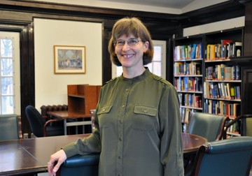 Photo of Monica Hypher in the library