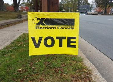 Elections Canada sign